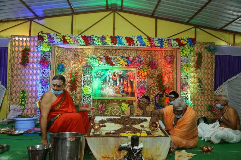 Maha Shivaratri Special Sahasra Lingarchana Sahitha Maha Pashupatha Homam March 11th 2021@ Mulugu Siddanthi Ashramam in Srisailam (55)