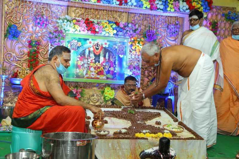Maha Shivaratri Special Sahasra Lingarchana Sahitha Maha Pashupatha Homam March 11th 2021@ Mulugu Siddanthi Ashramam in Srisailam (62)