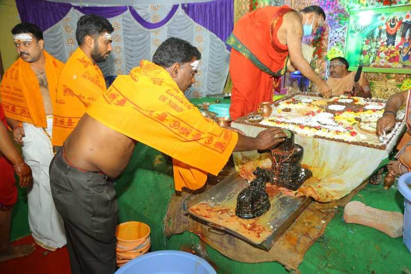 Maha Shivaratri Special Sahasra Lingarchana Sahitha Maha Pashupatha Homam March 11th 2021@ Mulugu Siddanthi Ashramam in Srisailam (72)