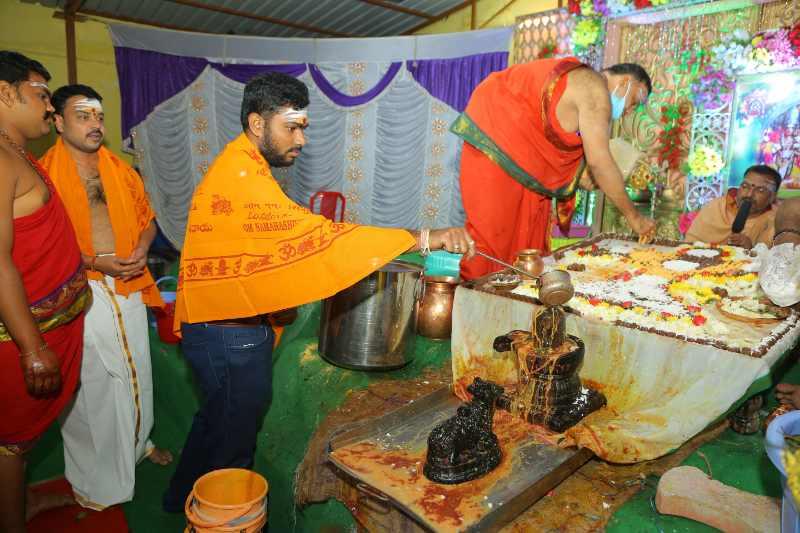 Maha Shivaratri Special Sahasra Lingarchana Sahitha Maha Pashupatha Homam March 11th 2021@ Mulugu Siddanthi Ashramam in Srisailam (74)