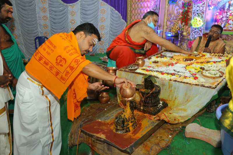 Maha Shivaratri Special Sahasra Lingarchana Sahitha Maha Pashupatha Homam March 11th 2021@ Mulugu Siddanthi Ashramam in Srisailam (77)