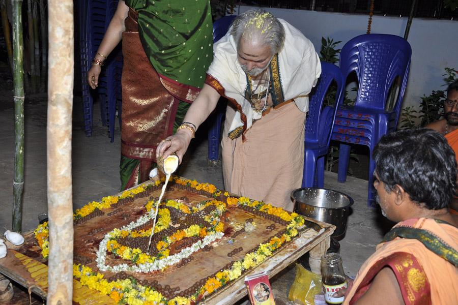 Maha Shivratri Special Sahasra Lingarchana 2013 (10)