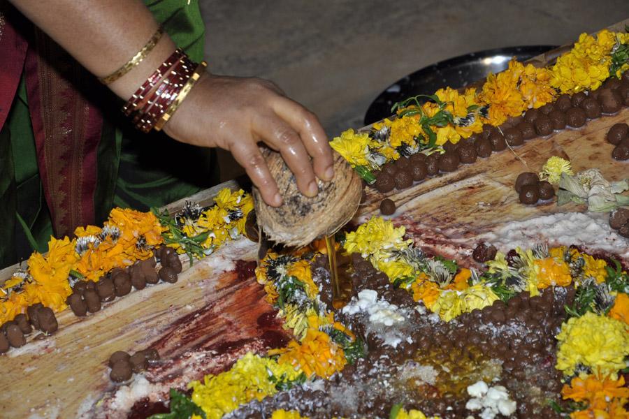 Maha Shivratri Special Sahasra Lingarchana 2013 (2)