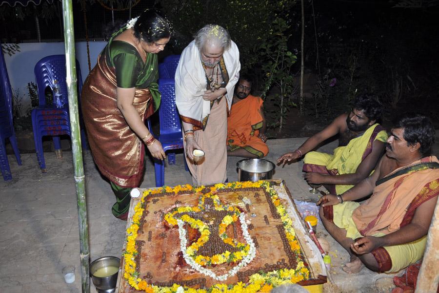 Maha Shivratri Special Sahasra Lingarchana 2013 (9)