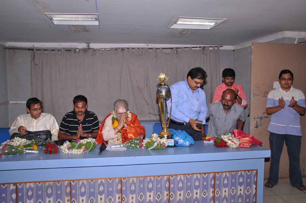 Homa Program 2012(71)