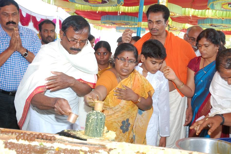 Maha Shivratri Special Maha Pasupatha Homam 2014 (102)