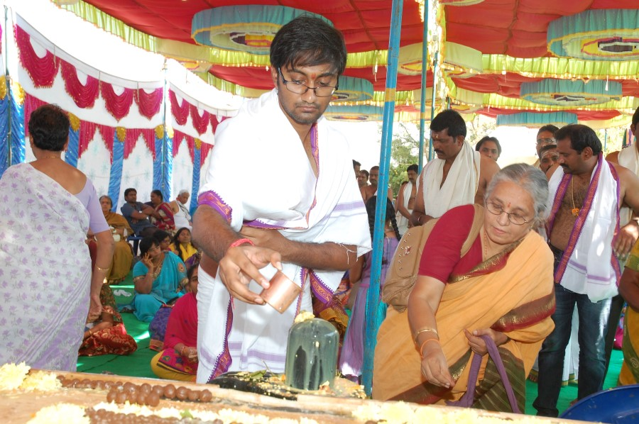 Maha Shivratri Special Maha Pasupatha Homam 2014 (173)