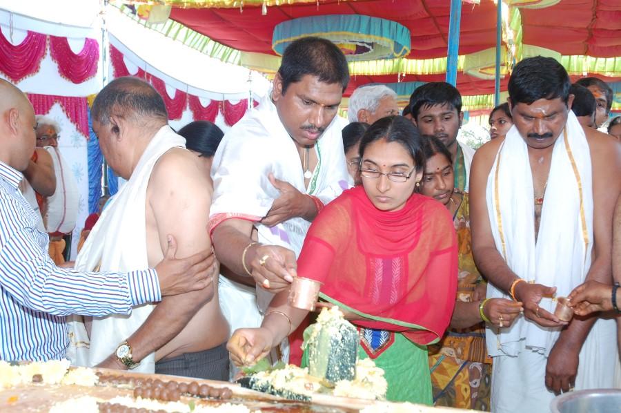 Maha Shivratri Special Maha Pasupatha Homam 2014 (80)