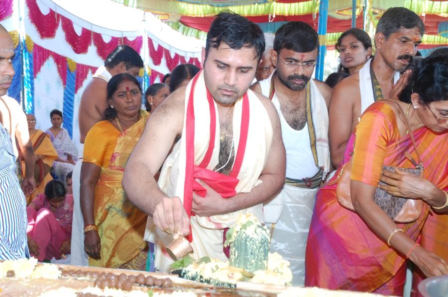 Maha Shivratri Special Maha Pasupatha Homam 2014 (82)