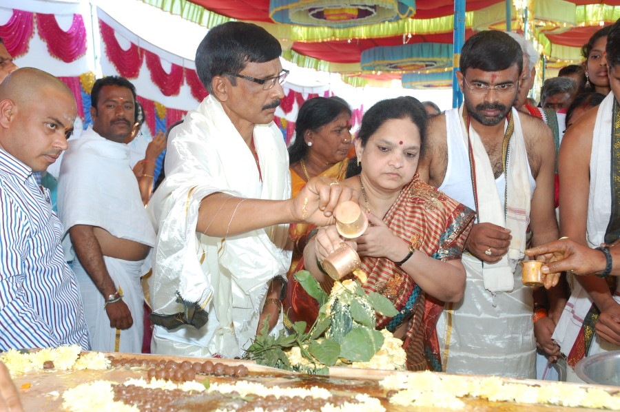 Maha Shivratri Special Maha Pasupatha Homam 2014 (85)