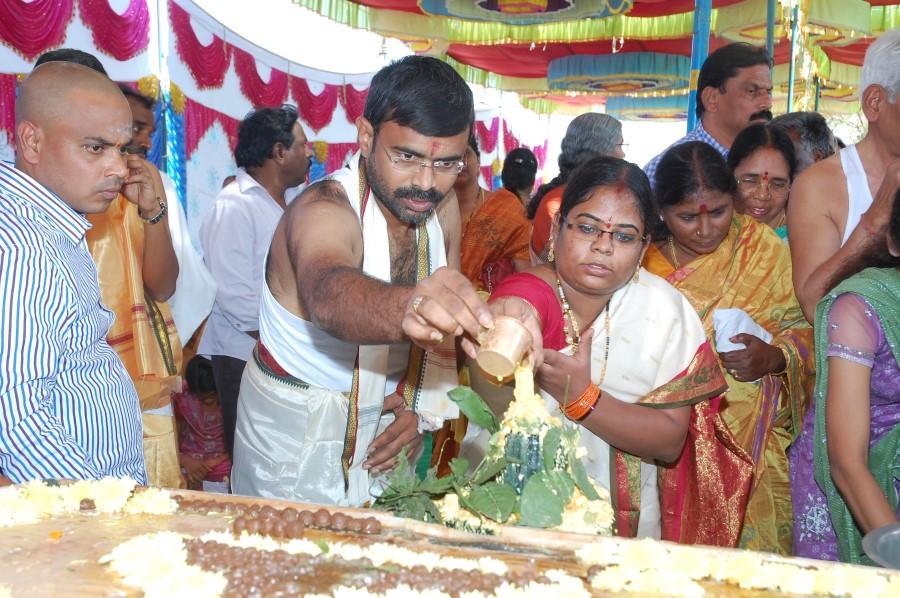 Maha Shivratri Special Maha Pasupatha Homam 2014 (89)